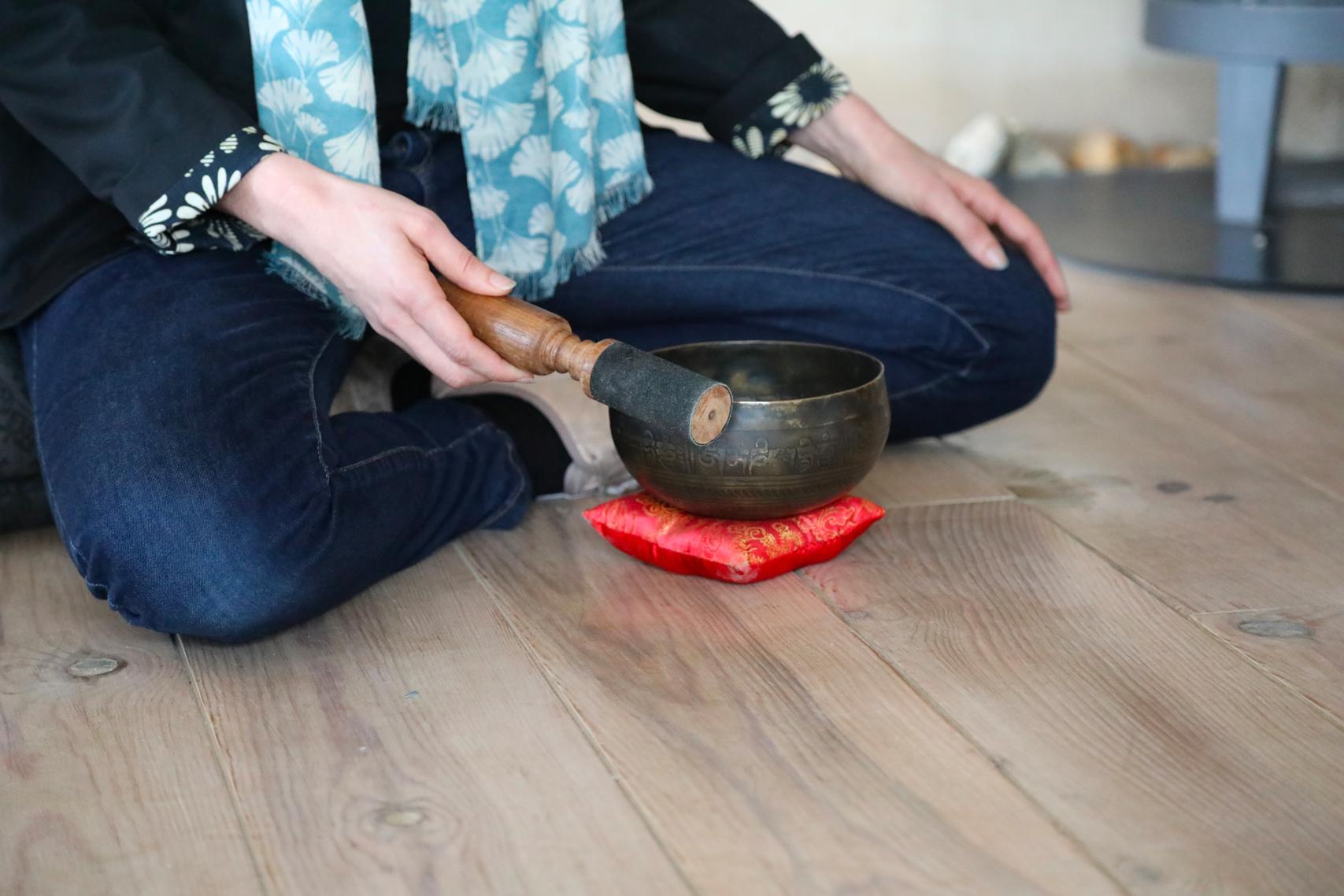Cette image représente un bol Tibétain